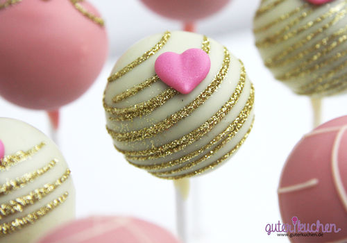 Glitzerherz Cake Pops